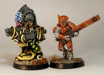 L to R: Tentacle Brain, Tau Fire Warrior.