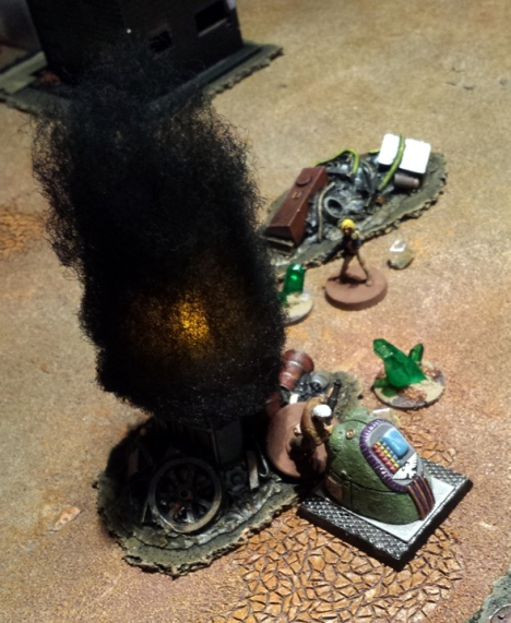 Focussing on his strengths, Ace blasts the node controls with his pump action nano-shotgun, before narrowly escaping a gauss cannon blast from the relentless Mark 1 Necron...